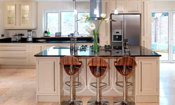 Bespoke Kitchen Fitting