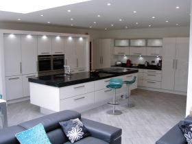Five Star Bespoke Fitted Kitchen Testimonial
