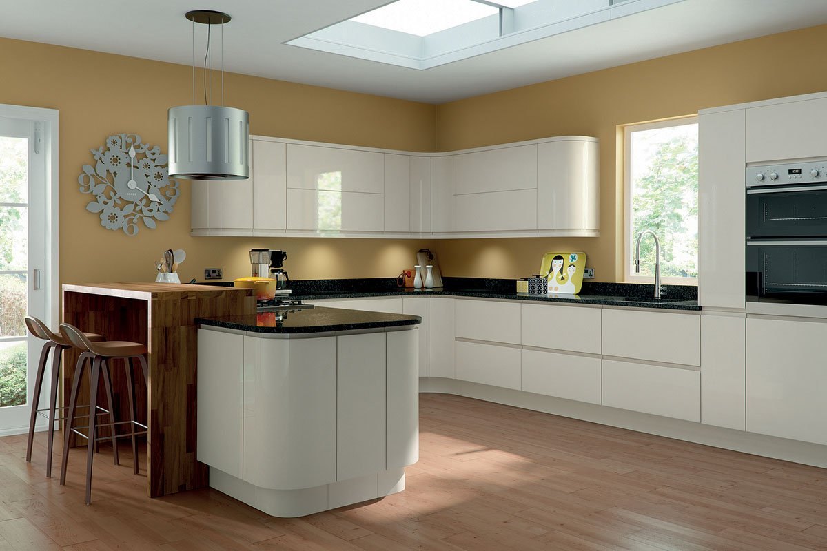 Lacarre Gloss Bespoke Fitted Kitchens