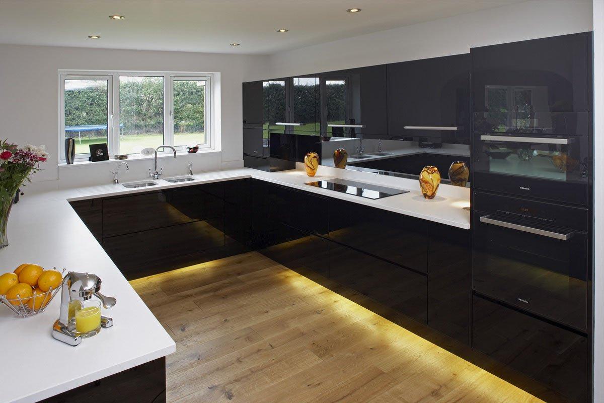 high gloss black windsor bespoke fitted kitchens