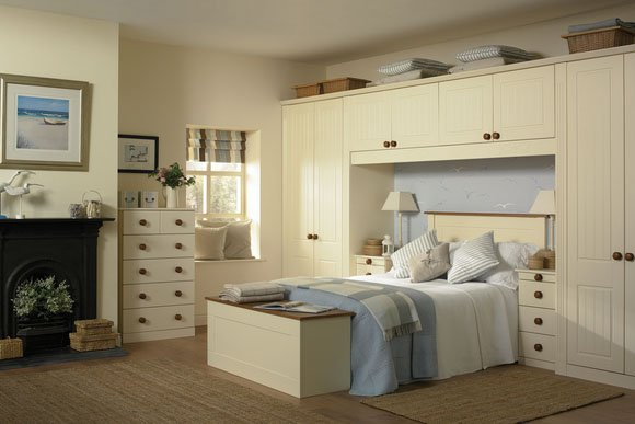Newport Cream Bespoke Fitted Bedrooms
