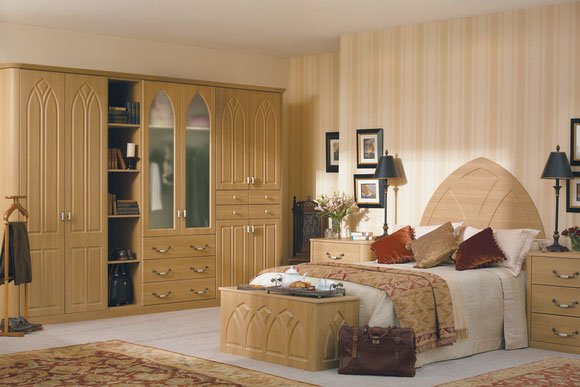 Gothic Lissa Oak Bespoke Fitted Bedrooms