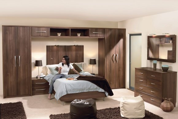 Roma Dark Walnut Bespoke Fitted Bedrooms
