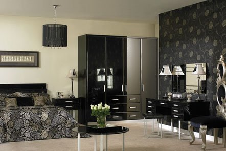 Pisa High Gloss Black Bespoke Fitted Bedrooms