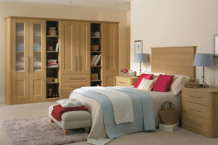 Cambridge Lissa Oak Bespoke Fitted Bedrooms