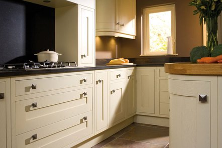 Regent Craft In-frame Bespoke Fitted Kitchen