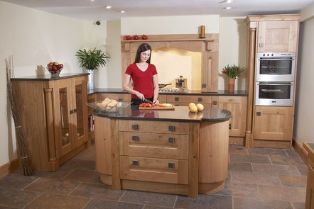 Woodsman Oak Bespoke Fitted Kitchen