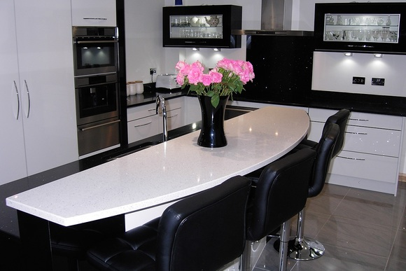 Zurfiz Acrylic with Black Quartz Bespoke Fitted Kitchen