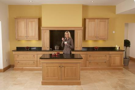 Stamford Light Oak | Oak English Kitchen