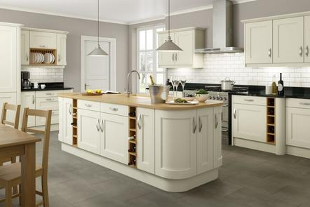True Oak - Alabaster | Step Moulded Oak Kitchen